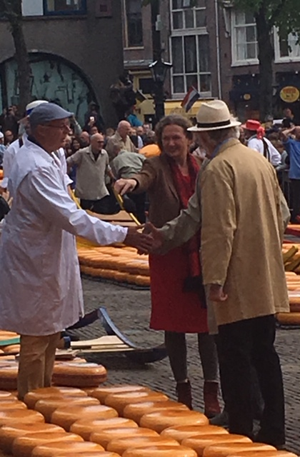 L'accord de vente - marché du fromage de Alkmaar