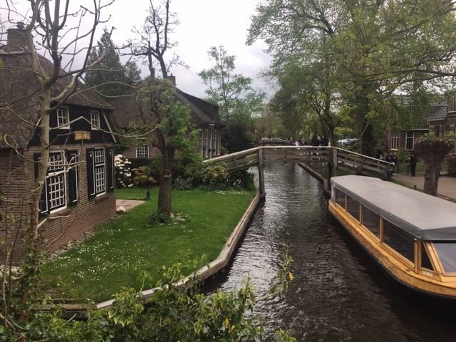 Visite de Giethoorn en bateau