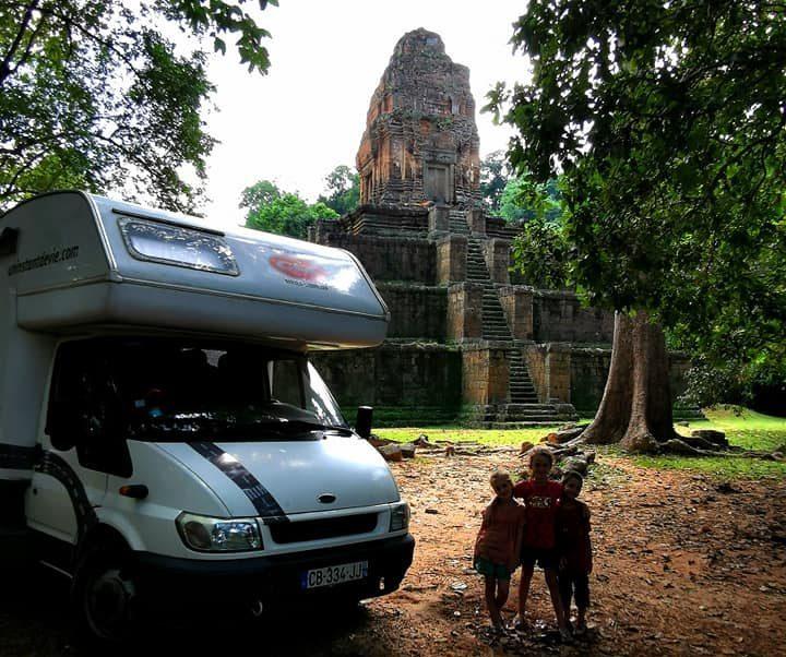 camping-car un instant de vie au Laos